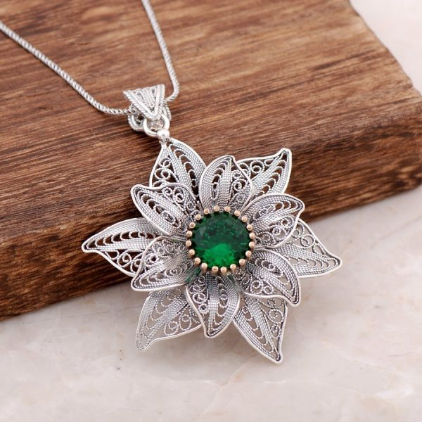 Filigree Engraved Root Emerald Stone Design Silver Necklace 3887