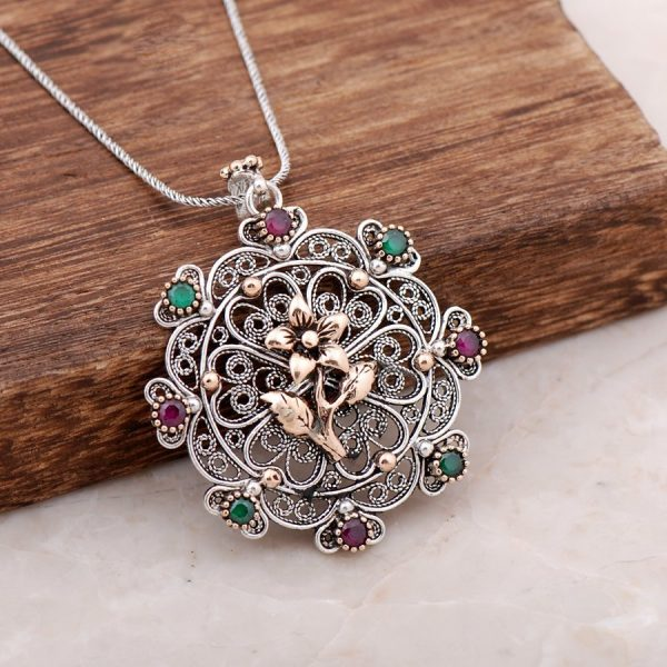 Filigree Engraved Root Ruby Root Emerald Gemstone Silver Necklace 3894