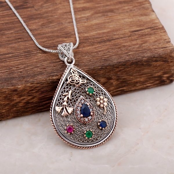 Filigree Engraved Sapphire Stone Design Necklace 3910