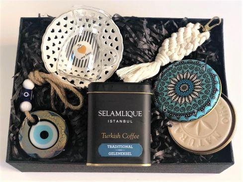 Special Gift Box For Your Loved Turkish Friends